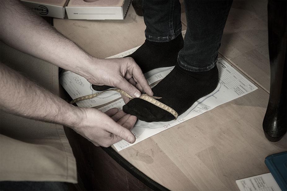 Maßnehmen bei Schuhmacher Simme