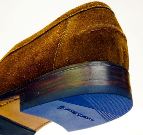 Schuhreparatur – Dunlop® Slick, blaue Absätze