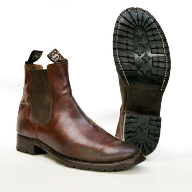Sohlen und Absätze von Vibram für Sendra Boots 5595 Chelsea Resole Schuhreparatur